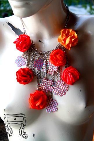 Colar rosas e flores 2